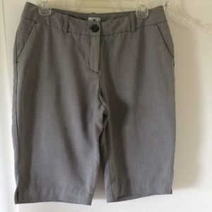 Dress knee length gray sz 8 with pockets w/slits